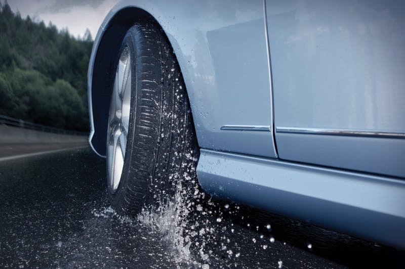 Get A Grip This Winter – Make Sure Your Tyres Are Ready For Poor Weather