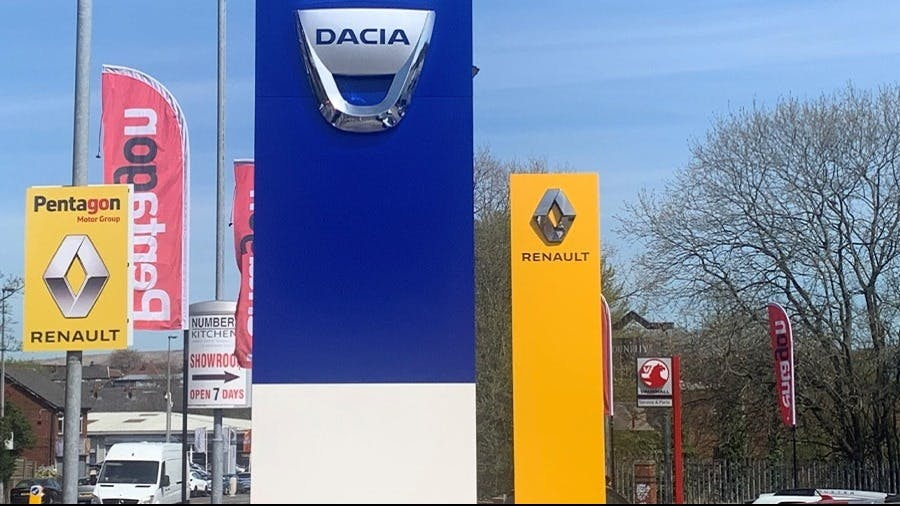 PENTAGON ADDS RENAULT AND DACIA AT ROCHDALE