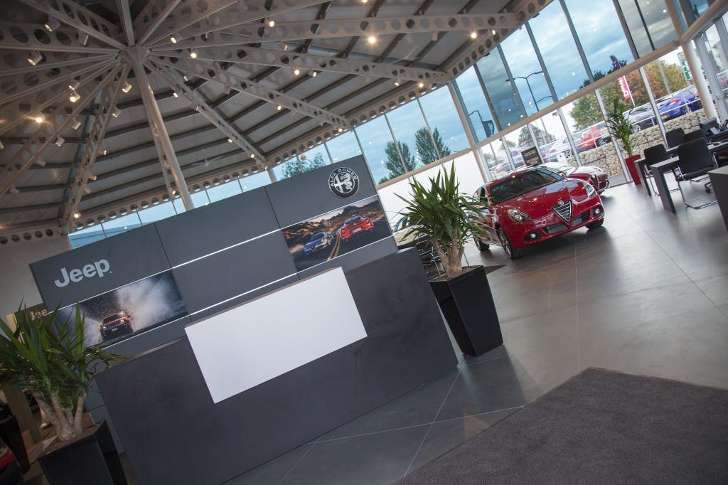 November Alfa Romeo And Jeep Offers At Pentagon In Doncaster