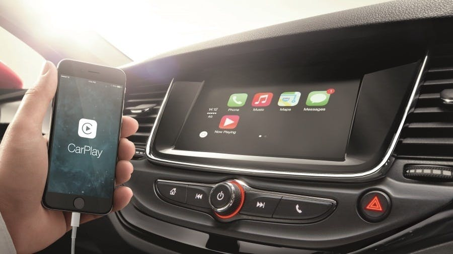 Update to Apply CarPlay Incoming